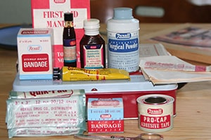 First aid materials for building your own first aid kit.