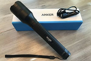 Anker Bolder LC90 Flashlight