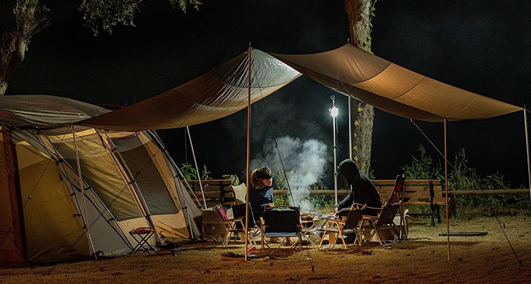 Arriving at night is one of the things to avoid while camping