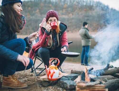 How to Stay Warm While Camping