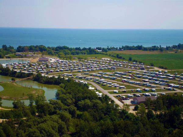 North Port Huron Jellystone Park camping in Michigan